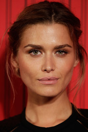 Cheyenne Tozzi looked dramatic with her messy-glam updo at the GQ Men of the Year Awards.