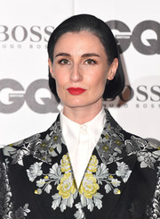 Erin O'Connor sported a cute bob at the 2018 GQ Men of the Year Awards.