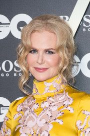 Nicole Kidman looked glam wearing this loose updo with wavy tendrils at the 2019 GQ Men of the Year Awards.