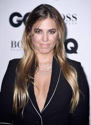 Amber Le Bon's layered diamond necklace provided a glamorous finish to her suit.
