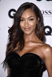 Jourdan Dunn looked absolutely beautiful with her long feathery hairstyle at the GQ Men of the Year Awards.
