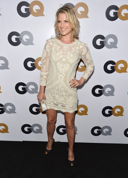 More Pics of Ali Larter Medium Wavy Cut (1 of 11) - Ali Larter Lookbook - StyleBistro