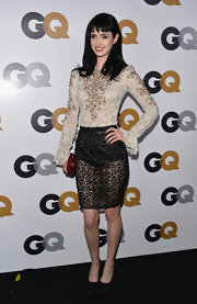 Krysten Ritter is certainly not afraid to go sheer! Check out this awesome lacy number she wore to the GQ Men of the Year Party.