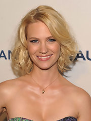 January Jones showed off her shoulder length bob while hitting the GQ day party.