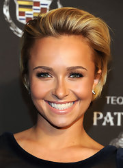 Actress Hayden Panettiere attended a Super Bowl party wearing sterling silver spike studs with cubic zirconia.