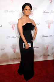Rocsi Diaz looked dreamy in a strapless black evening dress by Antonio Berardi during the Angel Ball.