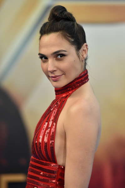 Gal Gadot Hair Knot [hair,beauty,hairstyle,red,lady,model,chin,lip,fashion,dress,wonder woman,gal gadot,arrivals,california,hollywood,pantages theatre,warner bros. pictures,premiere,premiere]