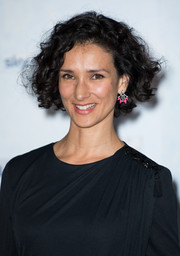 Indira Varma wore her short and curly during the 'Game of Thrones' season 4 premiere in London.