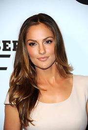 Minka Kelly showed off her polished locks at Gaterade's G Series event. A subtle center part completed her ravishing look.