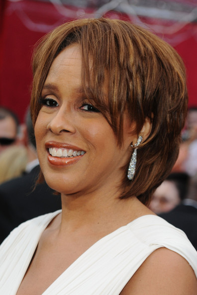 Gayle King Layered Razor Cut [hair,face,hairstyle,chin,eyebrow,bangs,layered hair,blond,bob cut,brown hair,arrivals,gayle king,kodak theatre,hollywood,california,82nd annual academy awards]