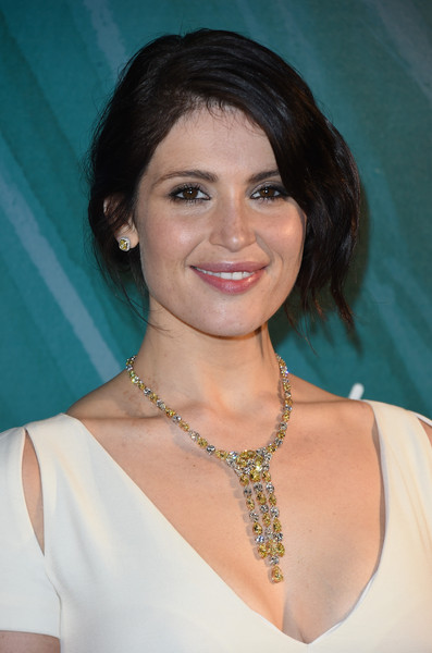 Gemma Arterton Diamond Chandelier Necklace