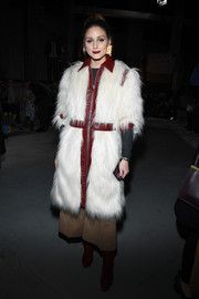 Olivia Palermo worked a fabulous faux-fur coat by Giamba at the Giambattista Valli Fall 2018 show.