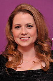 Jenna Fischer arrived at the premiere of 'Giant Mechanical Man' wearing her warm coppery tresses in big loose curls.