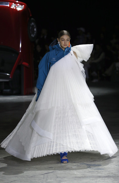 Gigi Hadid One Shoulder Dress [white,fashion,dress,clothing,gown,hoopskirt,haute couture,beauty,lady,fashion design,gigi hadid,part,runway,us,paris,france,paris fashion week womenswear fall,off-white,show,wedding dress,fashion,fashion show,haute couture,runway,model,gown,wedding,two pence]