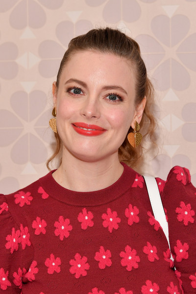 Gillian Jacobs Ponytail [hair,lip,face,red,hairstyle,beauty,eyebrow,blond,lipstick,retro style,gillian jacobs,new york public library,new york city,kate spade new york,new york fashion week,kate spade new york fashion show]