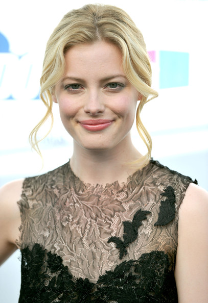 Gillian Jacobs Loose Bun
