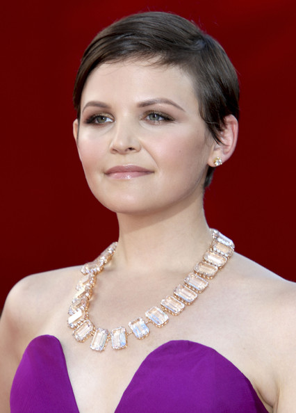 Ginnifer Goodwin Pixie [hair,face,hairstyle,eyebrow,chin,beauty,skin,lip,forehead,jewellery,arrivals,ginnifer goodwin,primetime emmy awards,california,los angeles,nokia theatre,61st primetime emmy awards]
