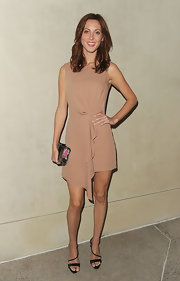 Eva Amurri looked simple-chic in a nude cocktail dress with a gathered waist and draped ruffle.
