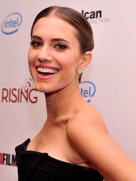 More Pics of Allison Williams Diamond Studs (5 of 12) - Earring Studs Lookbook - StyleBistro