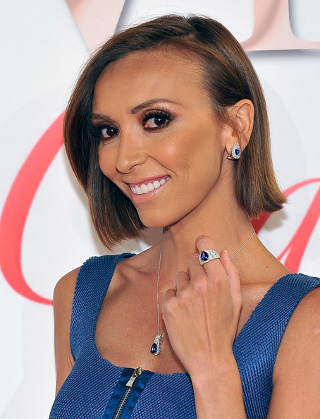 Giuliana Rancic Side Parted Straight Cut