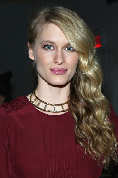 Leven Rambin showed off a red carpet-worthy side sweep at the Giulietta fashion show.