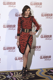 Nieves Alvarez rocked a bold-shouldered tiger-patterned sweater dress at the Glamour Beauty Awards.
