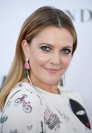 Drew Barrymore wore her hair down and straight at the 2017 Glamour Women of the Year Awards.