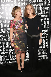 Gloria Steinem spruced up her all-black outfit with a chic metal belt during Glamour's presentation of 'These Girls.'