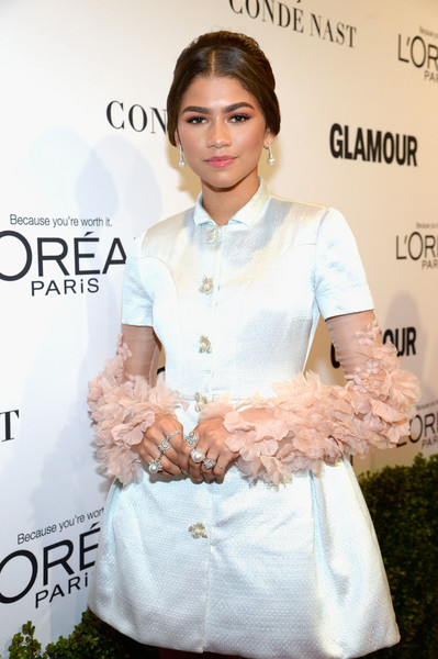 More Pics of Zendaya Coleman Statement Ring (3 of 16) - Zendaya Coleman Lookbook - StyleBistro [clothing,lady,hairstyle,skin,fashion,dress,cocktail dress,brown hair,fashion accessory,formal wear,red carpet,honoree zendaya,neuehouse hollywood,los angeles,california,glamour women of the year]