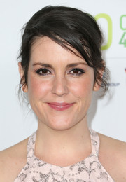 Melanie Lynskey attended the Global Green USA pre-Oscar party wearing her hair in a messy updo.