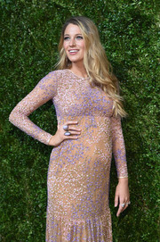 Blake Lively teamed her adorable dress with two huge cocktail rings for the Golden Heart Awards.