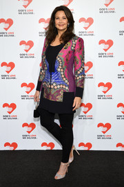 Lynda Carter sported a lovely mix of colors with this printed jacket when she attended the Golden Heart Awards.