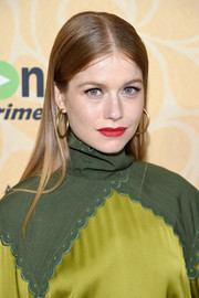 Genevieve Angelson opted for a simple and classic straight, center-parted 'do when she attended the New York screening of 'Good Girls Revolt.'
