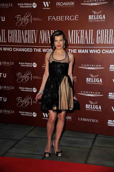 More Pics of Milla Jovovich Bob (1 of 33) - Bob Lookbook - StyleBistro