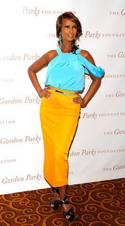 Iman was right on trend with a pop of vibrant yellow on the Gordon Parks Dinner red carpet.