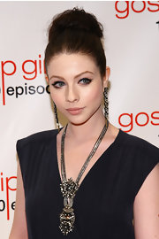 Michelle Trachtenberg emphasized her eyes with sexy sweeps of black liquid liner at the 'Gossip Girl' 100th episode celebration.
