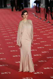 Maria Valverde walked the Goya Cinema Awards red carpet wearing an ultra-elegant long-sleeve beaded beige dress.