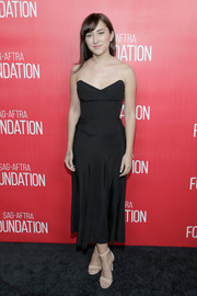 Zelda Williams attended the grand opening of the Robin Williams Center looking elegant in a strapless black dress.