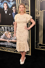 A retro-style lace frock looked simply glamorous on Jennifer Morrison.