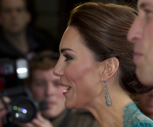 More Pics of Kate Middleton Loose Bun (1 of 37) - Kate Middleton Lookbook - StyleBistro