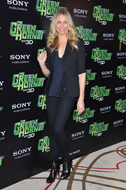 Cameron dons another classy blazer for 'The Green Hornet' photo call.