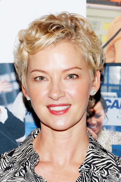 Gretchen Mol Short Curls [hair,face,hairstyle,blond,eyebrow,chin,lip,forehead,layered hair,surfer hair,office - arrivals,gretchen mol,new york city,cantor fitzgerald,bgc,gfi,charity day,annual charity day]
