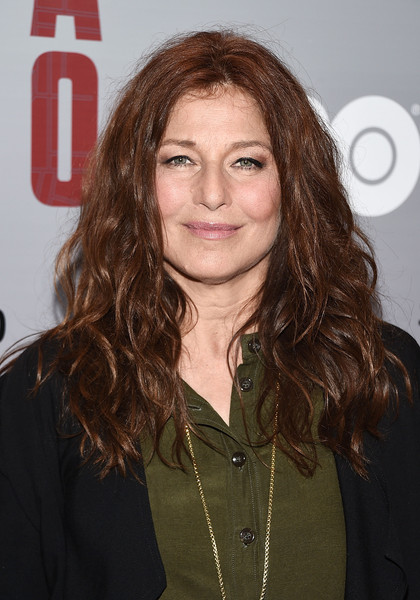 Catherine Keener attended the 'Show Me a Hero' screening wearing her hair in wild, stylish waves.