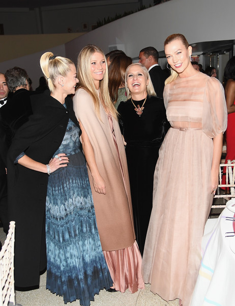 More Pics of Karlie Kloss Evening Dress (4 of 4) - Dresses & Skirts Lookbook - StyleBistro [fashion,event,haute couture,dress,fashion design,shoulder,fur,outerwear,gown,textile,dior,maria grazia chiuri,karlie kloss,jaime king,gwyneth paltrow,l-r,solomon r. guggenheim museum,new york city,guggenheim international gala dinner]