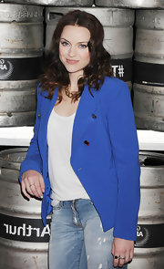 This striking cobalt-blue blazer was the perfect complement to Amy's beautiful porcelain complexion.
