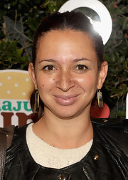 Maya Rudolph went sans makeup to the launch of Harajuku Mini for Target but added just a hint of shine with a little lip gloss.
