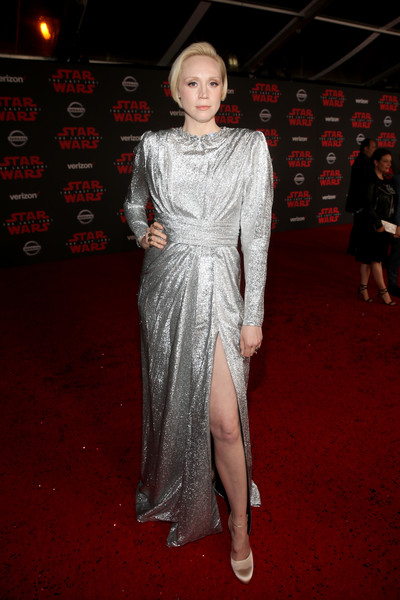 Gwendoline Christie Evening Dress [red carpet,clothing,carpet,fashion model,dress,flooring,fashion,premiere,hairstyle,cocktail dress,star wars: the last jedi premiere,los angeles,california,the shrine auditorium,gwendoline christie]