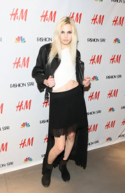 Andrej Pejic rocked a serious fishtail hem with this pleated number.