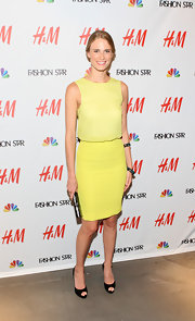 Julie Henderson wore a summer lemon ensemble to the H&M celebration of 'Fashion Star.'