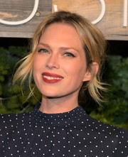 Erin Foster sported a messy, flippy updo at the H&M Conscious Exclusive dinner.